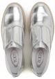 Zapatillas de deporte de cuero plateadas silveron del slipon de las mujeres de Tod