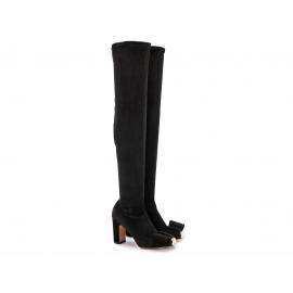 Botas de tacón alto Valentino en gamuza negra.