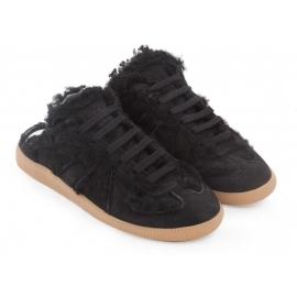 Zapatillas Replica Maison Margiela para mujer en piel de ante negra.