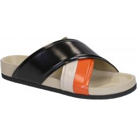Zapatillas deslizantes Céline en charol negro