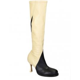 Céline botas altas hasta la rodilla en cuero suave blanco / negro / apagado