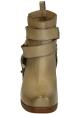 Botas con tacones de bloque Vic Matié en piel color arena.