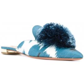 Zapatillas cerradas Aquazzura en lona azul claro.