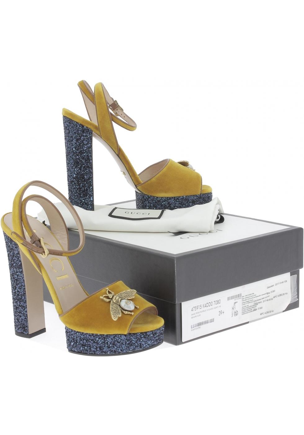 ... Gucci Sandalias para mujer en piel de becerro amarilla con plataforma  azul 74f353bb757